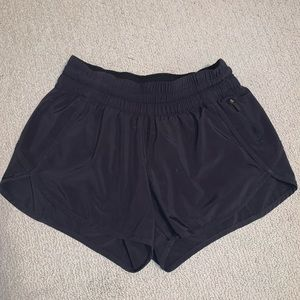 Lululemon tracker v shorts